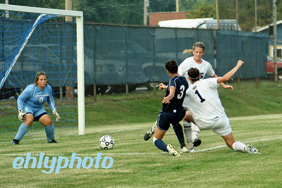 2007 09 06 MessiahWSoccervs Wilkes 237_edited-1