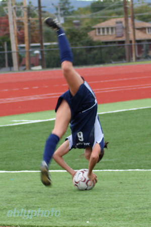 MessiahWSoccer_1201