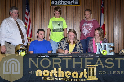 2016-11-07 SB Kimberly Shook Signing Announcement