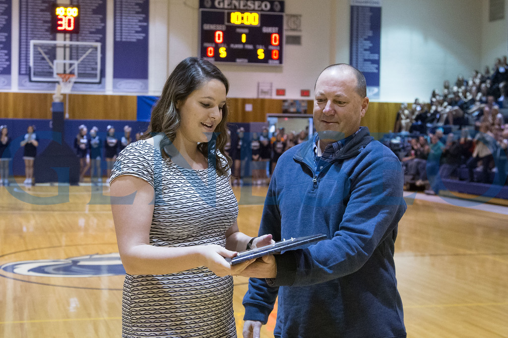 Shannon McGinnis is inducted into the Wendy's Classic Tournament Hall of Fame