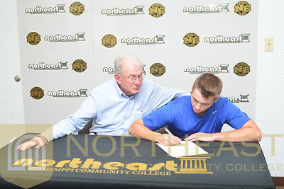 2016-06-22 TEN Chandler Walden Signs with NEMCC Tennis