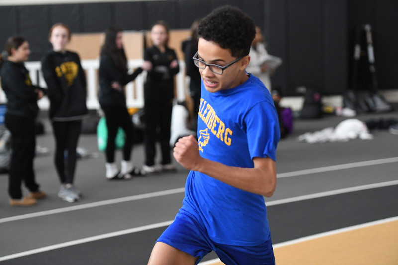 20200120 - Boys and Girls Freshmen-Sophomore Winter Track - 356