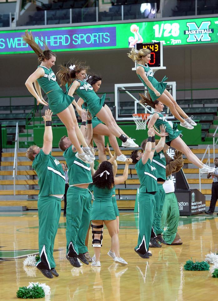 cheerleaders0165