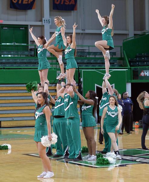 cheerleaders0609