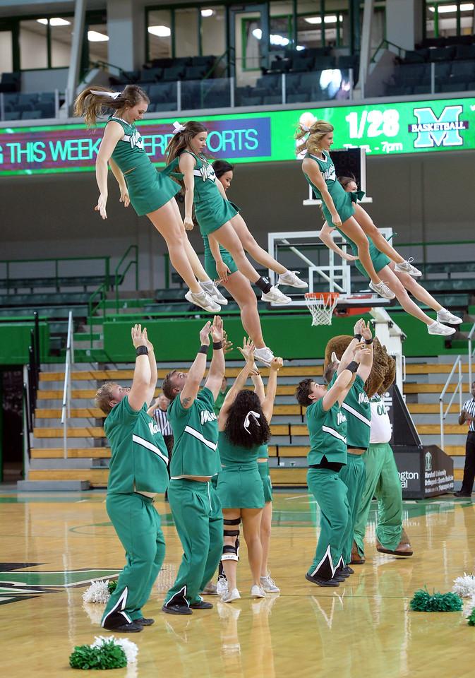 cheerleaders0163