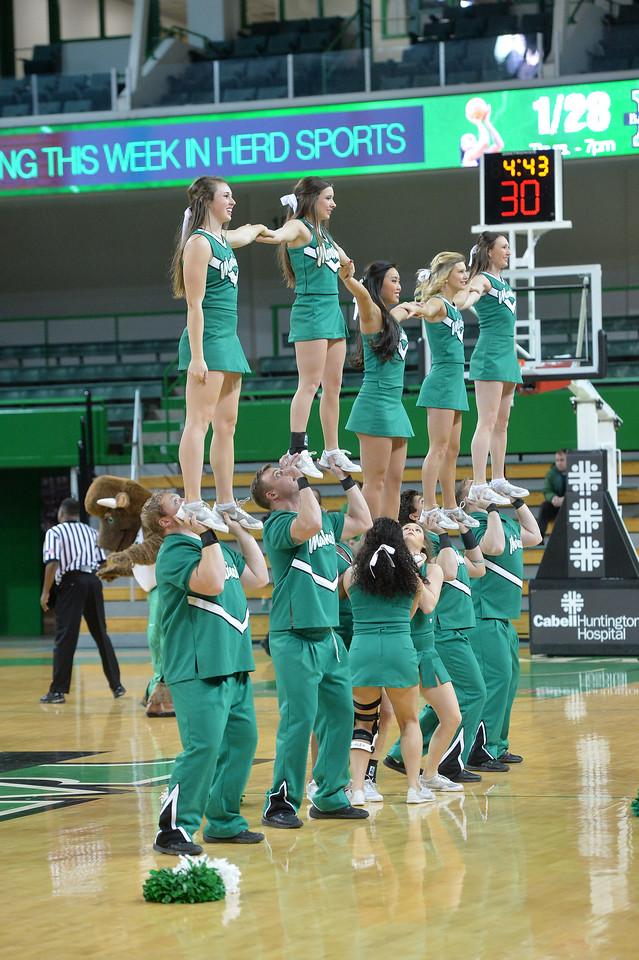 cheerleaders0140