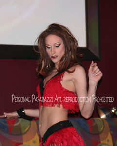 LABRYS REDPARTY AT REDCHAIR038