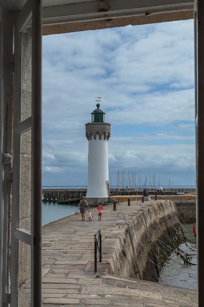 The lighthouse, Port Haliguen