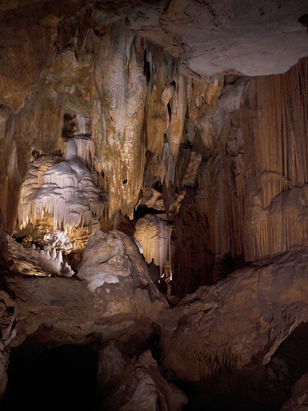 Rock formations, Luray Caverns