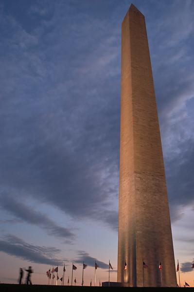 Washington Memorial at Dusk