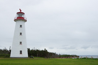 The lighthouse from the west side. You can see that the light is occluded in a roughly ENE direction over land.