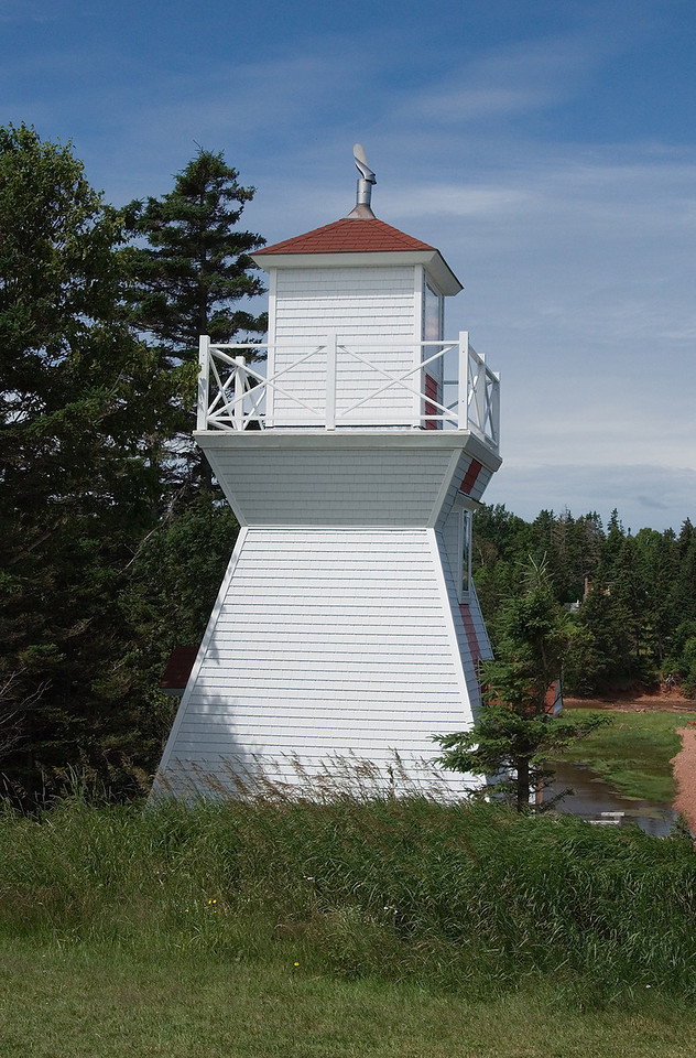 The Warren Cove Front Range light.