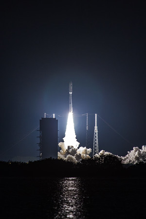 AtlasV MUOS liftoff
