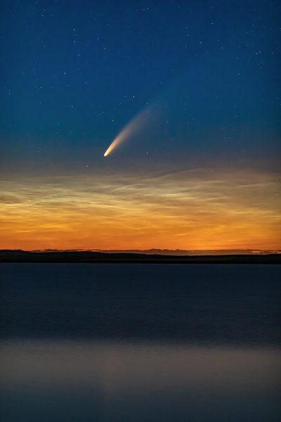 Comet NEOWISE with NLCs Above Prairie Lake (July 10-11, 2020)