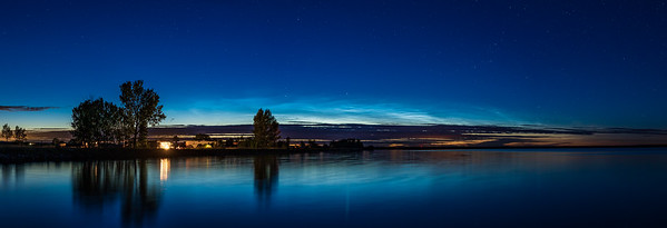 Panorama of Noctilucent Clouds at McGregor Lake