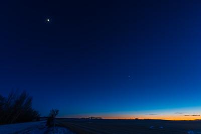 Mercury, Venus and the Waxing Quarter Moon