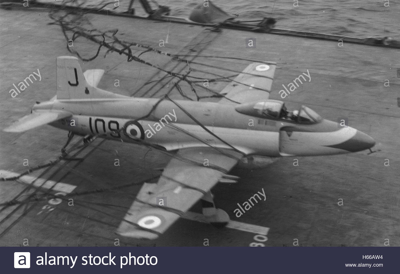 royal-navy-fleet-air-arm-supermarine-att