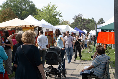 Art Show in Trinity-Bellwoods Park
