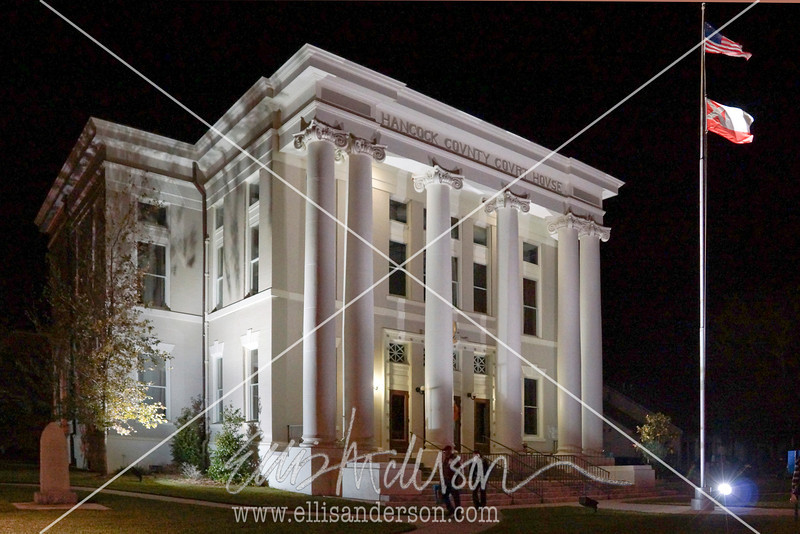 courthouse nighttime 3349
