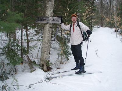 At this point there are two trails that diverge to the right. We take the left-handed branch of Atwood Pond Trail.