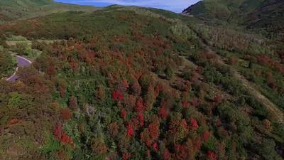 7 Flying over Hairpin Ridge