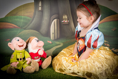 Aubrie Snow White