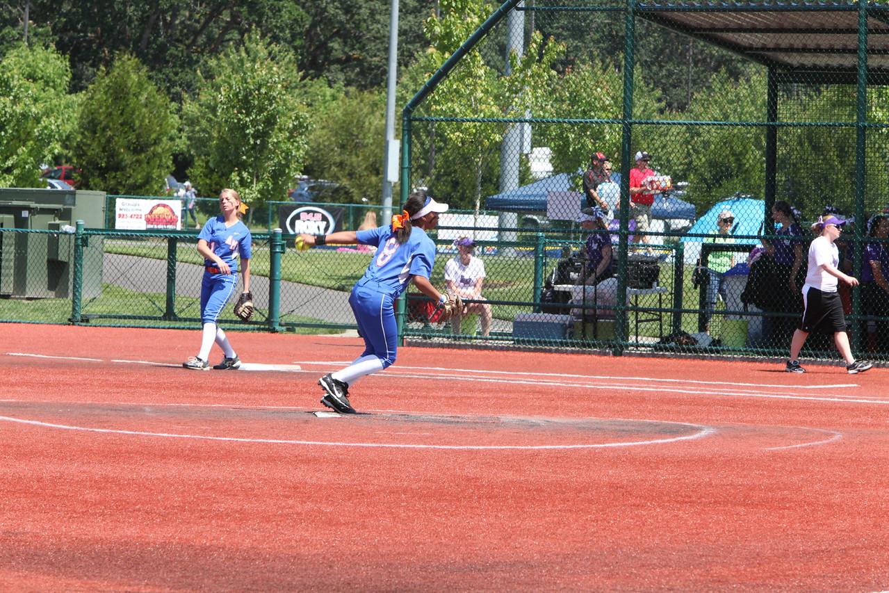 2015 Girls Softball - State Playoffs - AMHS vs Lake Washington