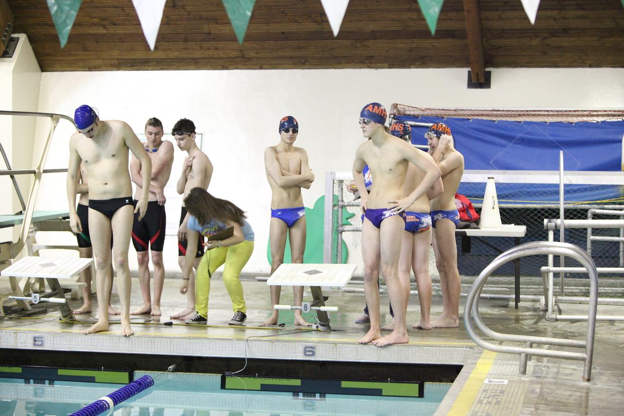 AMHS Boys Swim and Dive 1-27-11 Clover Park