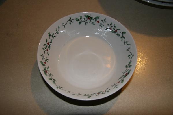 Royal Seasons Christmas Dishes