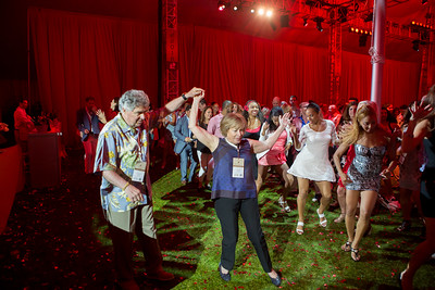 Garen and Shari Staglin showing 'em how it's done  |  Club Tinto after party Auction Napa Valley 2016  Briana Marie Photography for Napa Valley Vintners