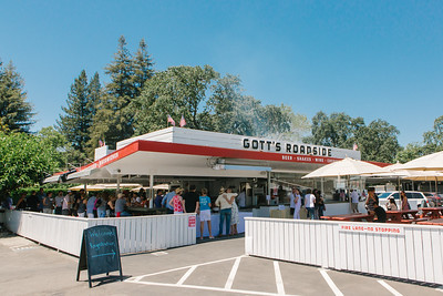 Gott's Roadside host venue for the Auction Napa Valley Vintner Kick-off Celebration!  Briana Marie Photography for Napa Valley Vintners