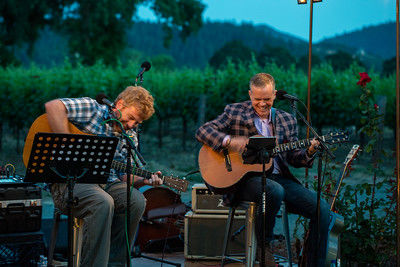 """David Duncan and chef Wilson played some """"campfire"""" tunes for guests. Photo ©2017 by Jason Tinacci / Napa Valley Vintners"""