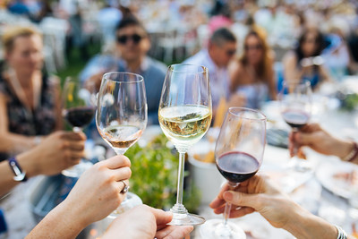 Cheers! - Auction Napa Valley Live Auction Celebration