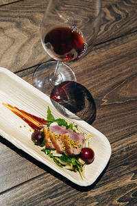 Delicious bites paired with Pinot - Auction Napa Valley Barrel Auction