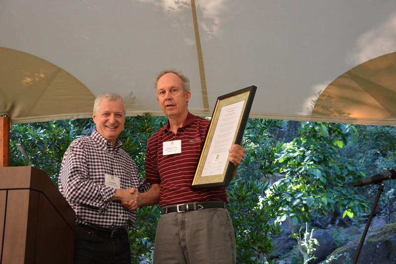 On behalf of the NVV, Board Chair Russ Weis recognizes Stephen Krebs, who recently retired from the Napa Valley College Wine & Viticulture program after nearly 30 years of service.
