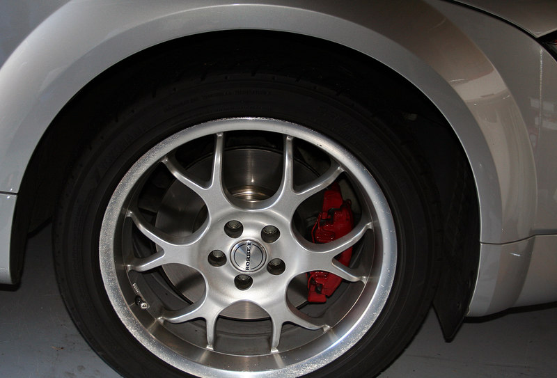 Completed rear brakes as seen through Borbet 17's