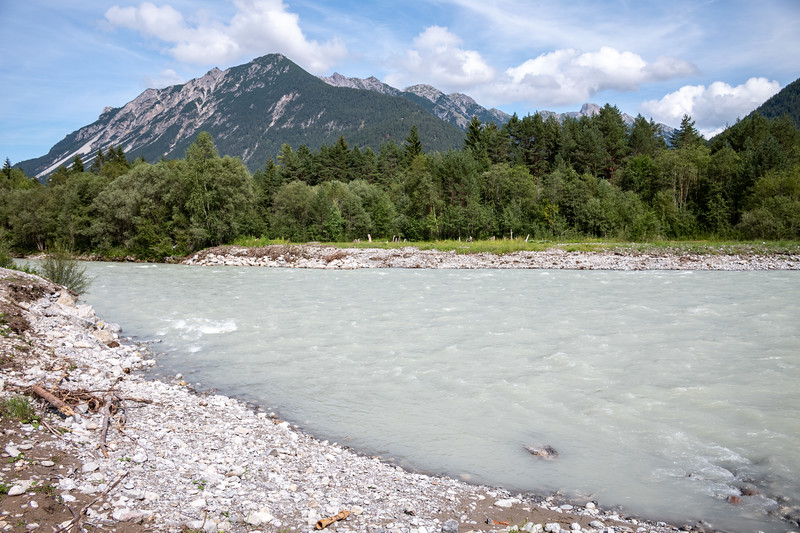 Eindrücke am Weg zwischen Holzgau und Ebligenalp, Vorarlberg, Österreich