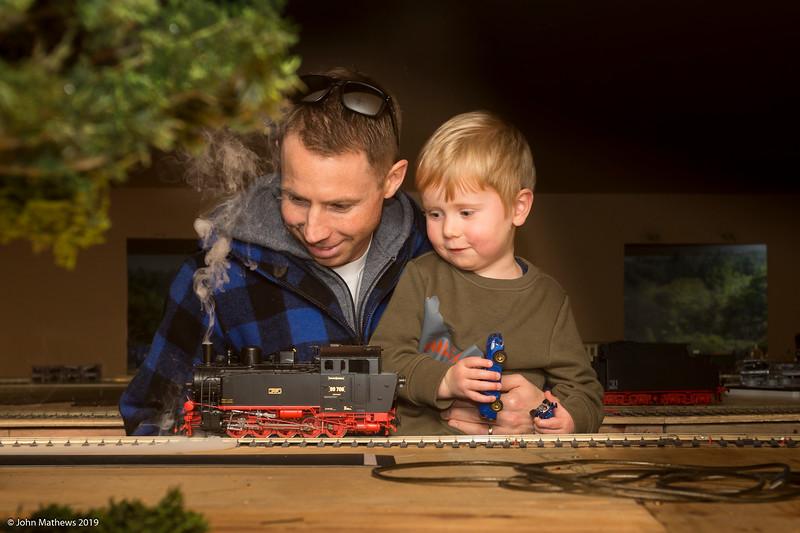 20190822 at Fairhall Railway Co 20190822 Brett & Taylor at Fairhall Railway Co _JM_7370