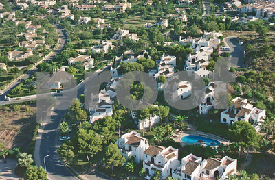 Aerial shot showing Los Altos 1 community pool and South Course Individual Villas, 28th August 1997