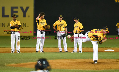 081516  Wesley Bunnell | Staff  New Britain Bees played host to the visiting Long Island Ducks on Monday Aug 15.