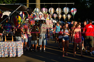 8/26/2016 Mike Orazzi | Staff Part of the crowd during the annual Plainville Balloon Festival held in Norton Park Friday night.