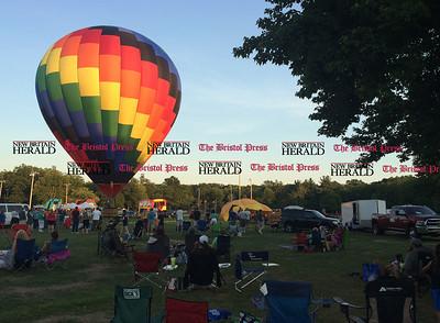 8/26/2016 Mike Orazzi | Staff The annual Plainville Balloon Festival.