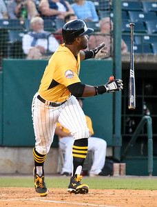 080316  Wesley Bunnell | Staff  New Britain Bees #15 Anthony Hewitt.