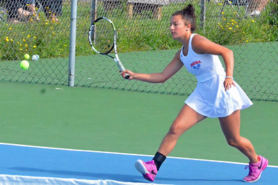 KYLE MENNIG – ONEIDA DAILY DISPATCH Oneida's Brianna Laureti moves to the ball during a match against Horseheads in Utica on Monday, Aug. 28. 2017.