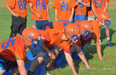 KYLE MENNIG – ONEIDA DAILY DISPATCH Oneida football players line up for a drill on the first day of practice in Oneida on Monday, Aug. 14, 2017.