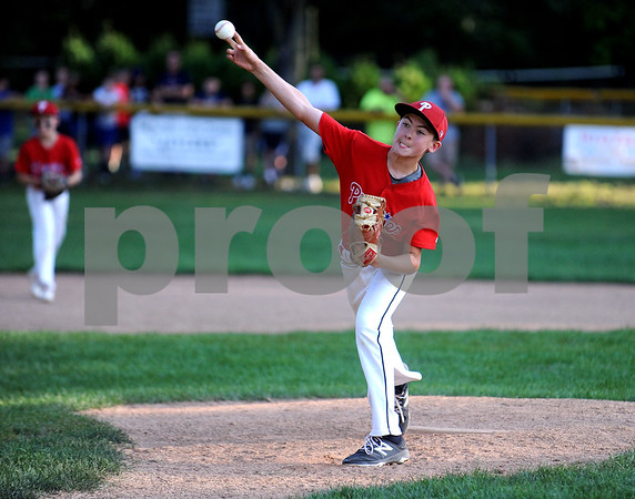 8/16/2017 Mike Orazzi | Staff Edgewood's Ryan Ring (5) during the City Series Wednesday evening in Bristol.
