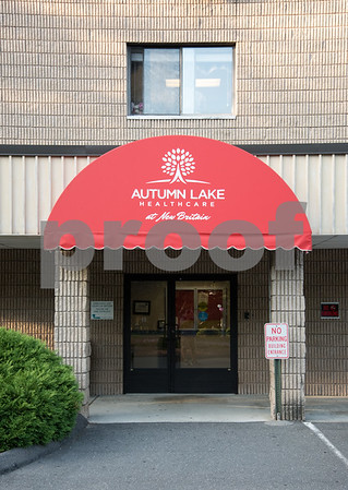 081817 Wesley Bunnell | Staff Autumn Lake of New Britain.