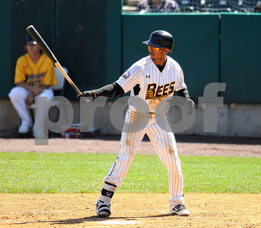 8/31/2017 Mike Orazzi | Staff New Britain Bees' James Skelton (3)) Wednesday morning.