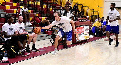 8/18/2018 Mike Orazzi | Staff Ryan Peterson and Darius Watson during the Osgood Shoot Out at New Britain High School Saturday.