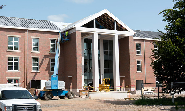 08/21/18 Wesley Bunnell | Staff Construction on Willard and DiLoreto Halls on Tuesday afternoon on the CCSU campus.